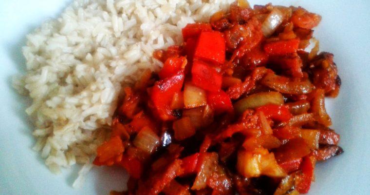 Potrawka z chorizo i papryką