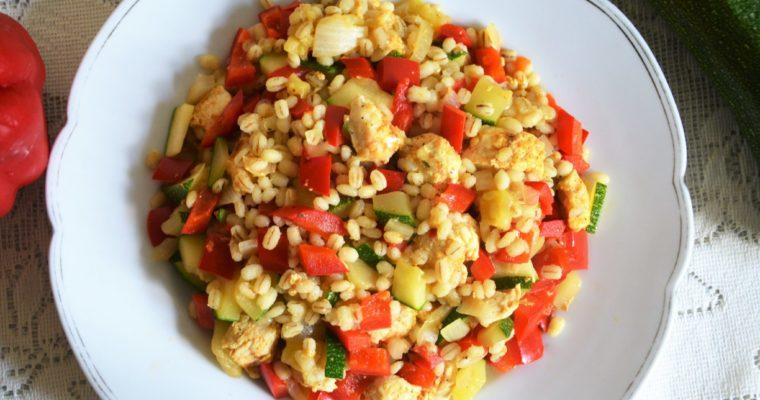 Pęczotto z kurczakiem i warzywami