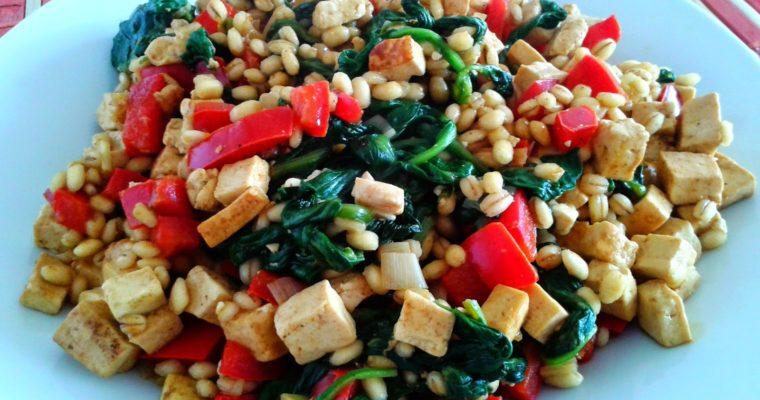 Wegańskie pęczotto z tofu i szpinakiem