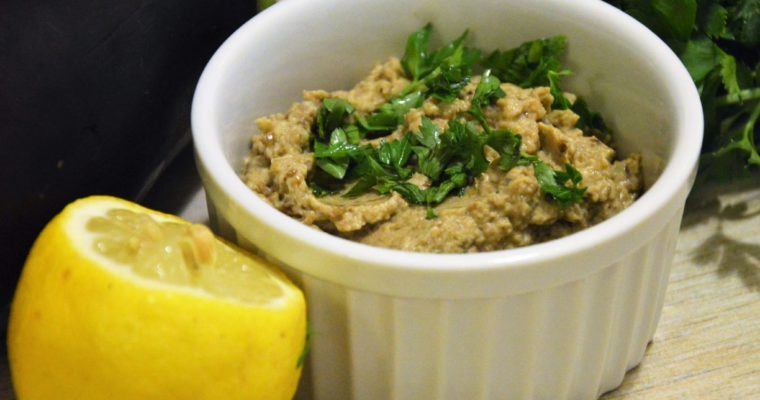Baba ghanoush, czyli pasta z bakłażana z tahini