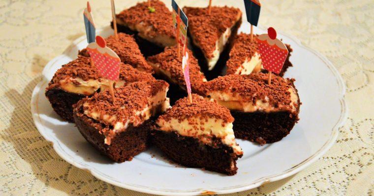 Ekspresowy czekoladowy torcik a la kopiec kreta (bez miksowania)