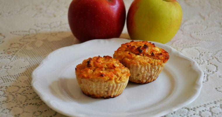 Zdrowe muffinki o smaku szarlotki
