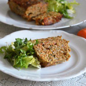 Pasztet wołowy z marchewką i pietruszką