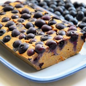 Zdrowe ciasto dyniowe z borówkami bez cukru