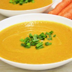 Zupa krem z pieczonego kalafiora z masłem orzechowym