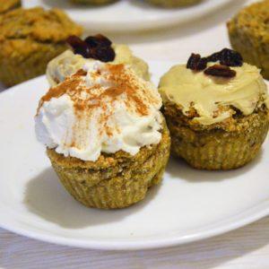 Wegańskie kokosowe muffinki dyniowe bez cukru