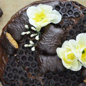 Tort piernikowy z kremem czekoladowym - najbardziej piernikowy tort, który kiedykolwiek jedliście