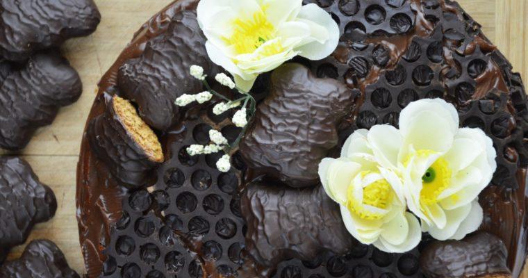 Tort piernikowy z kremem czekoladowym – najbardziej piernikowy tort, który kiedykolwiek jedliście