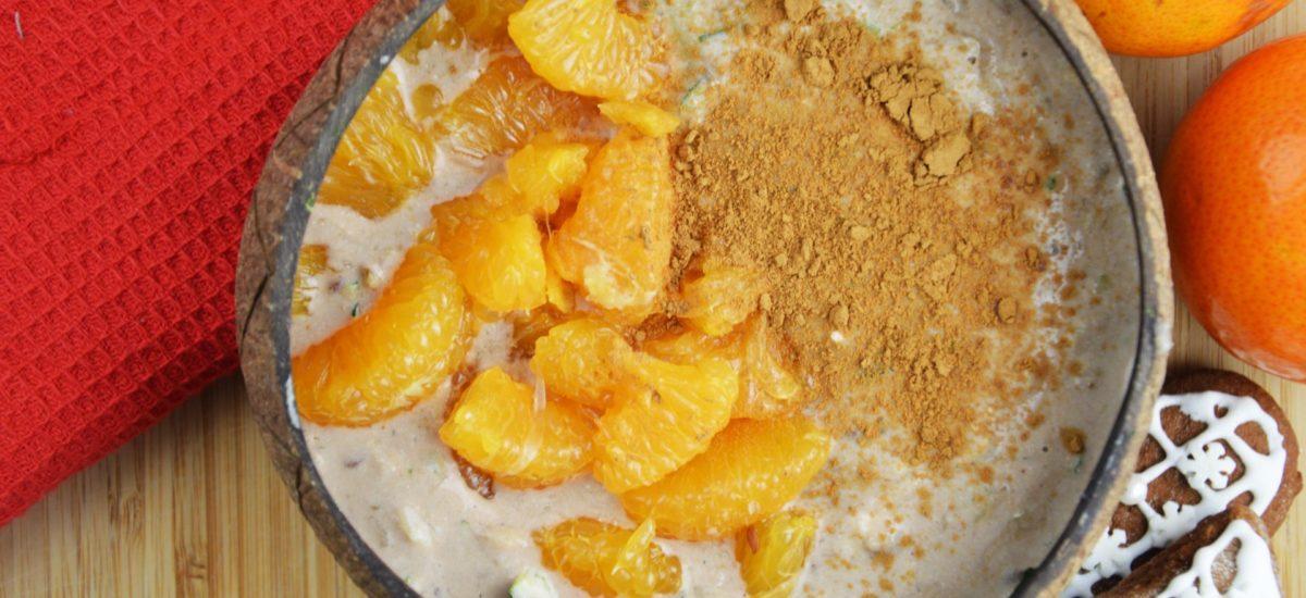 Piernikowa owsianka jogurtowa z mandarynkami