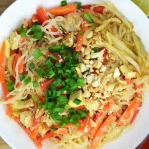 Dietetyczny pad thai - szybki i wegetariański