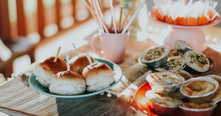 Jak przestać podjadać – 10 sposobów na ograniczenie podjadania i nie jedzenie kilku kolacji pod rząd