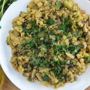 Komosa ryżowa z pieczarkami i cukinią - jednopatelniowy szybki zdrowy obiad