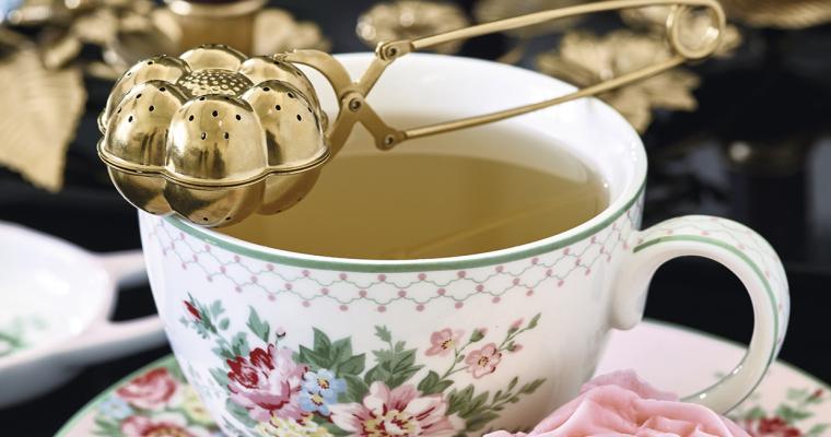 Jak parzyć herbatę – rodzaje herbaty i sposoby parzenia