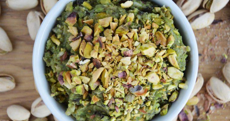 Pasta z bobu, bakłażana i pistacji – wegańska, mega pyszna i łatwa