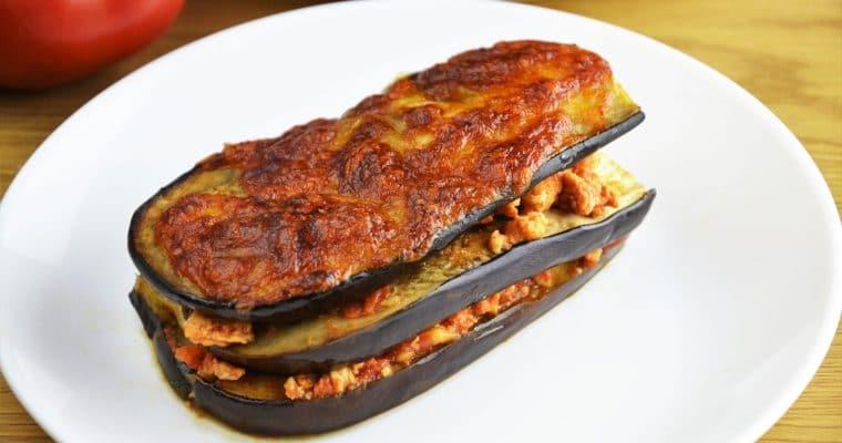 Lasagne z bakłażana z mięsem mielonym i mozzarellą