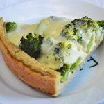 Tarta jaglana z brokułami i mozzarellą - łatwa, zdrowa i przepyszna