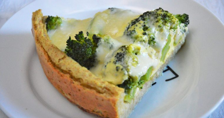 Tarta jaglana z brokułami i mozzarellą – łatwa, zdrowa i przepyszna