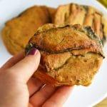 Pieczona seleryba - zdrowy wegański zamiennik wigilijnej ryby