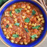 Chana masala, czyli przepyszne indyjskie wegańskie curry z ciecierzycą