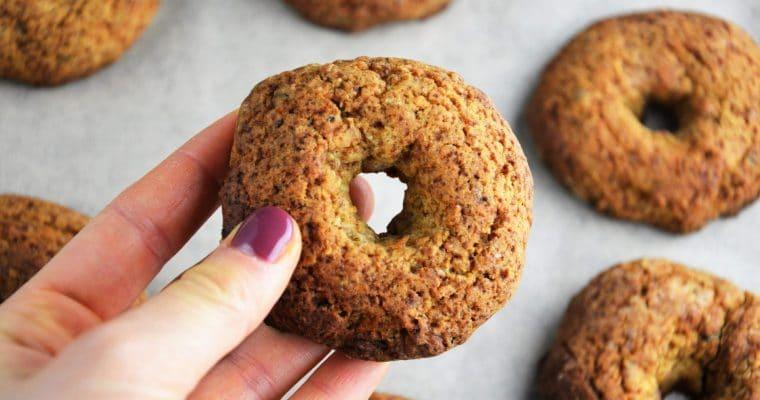 Pieczone donaty daktylowe – fit pieczone pączki z dziurką bez cukru idealne na Tłusty Czwartek