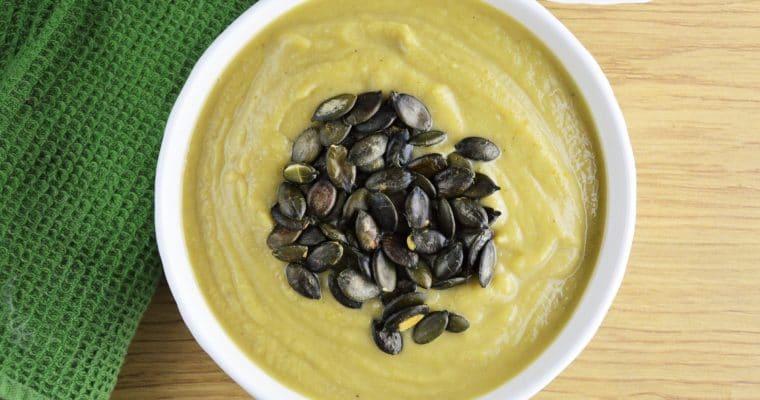 Kremowa i najłatwiejsza zupa krem z brukselki z ricottą – szybka, pyszna i zdrowa